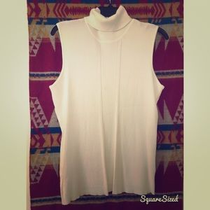 NWOT Cato Sleeveless Turtleneck in Cream: L